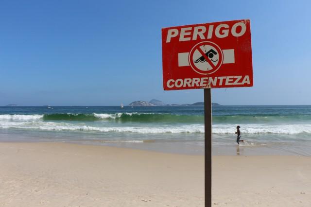 Il est interdit de se baigner à Ipanema & Copacabana